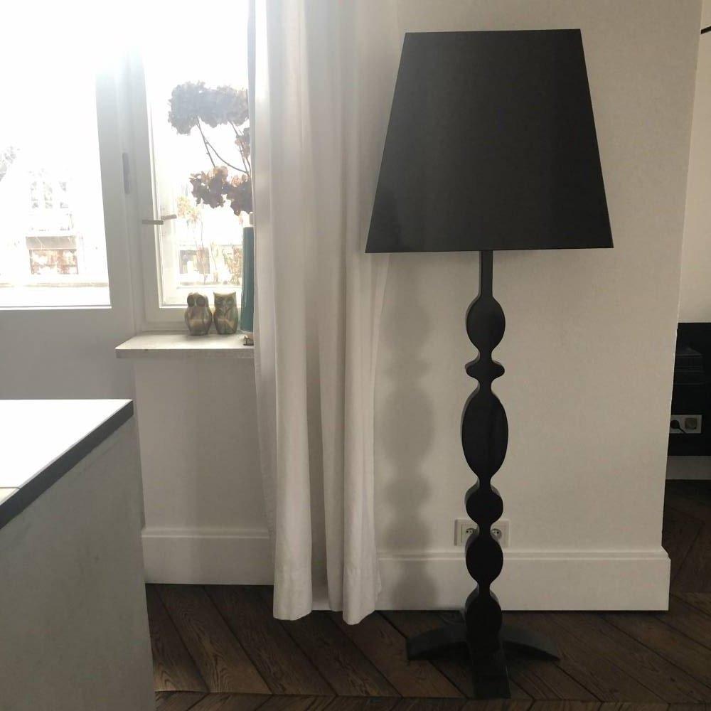 Lampa z corianu
